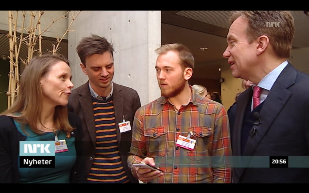 Foreign Minister of Norway Børge Brende with professor Lise Randeberg, Doctor Anders Aune, and Gunnar Vartdal